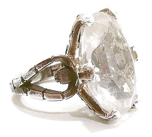 Anillo de plata 925 con cristal de roca