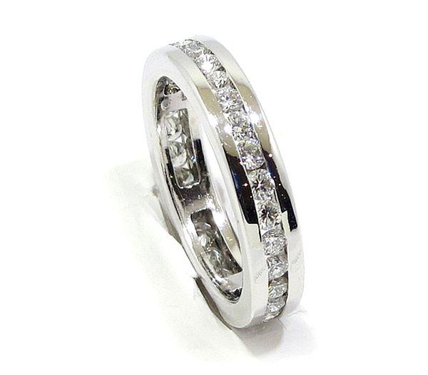 3fa3c80609aa Anillo alianza completa oro blanco diamantes - Bueno Joyeros