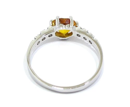anillo oro blanco zafiro amarillo diamantes