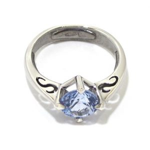 Anillo de plata 925 con circonita azul claro