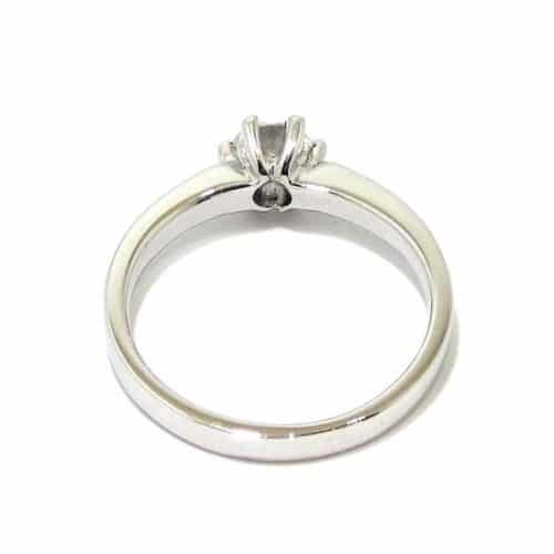 Anillo solitario oro blanco 18K con diamante talla brillante 0,50ct con diamantes