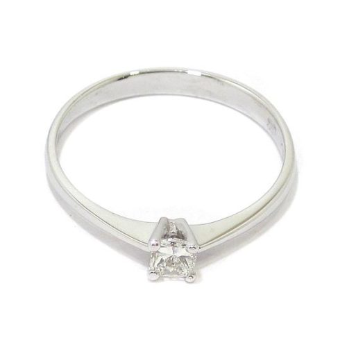 Anillo solitario oro blanco 18K con diamante princesa 0.19ct